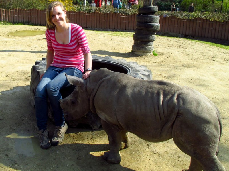 Sabrina Linn mit Kibo im Zoo Augsburg