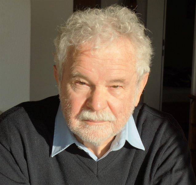 Prof. Dr. Ernst Peterhans.