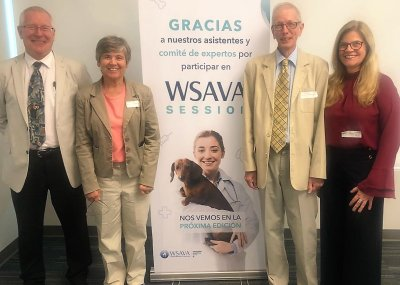 Members of the VGG at one of the small group meetings in Mexico.  Left to right: Dr Richard Squires (James Cook University, Australia), Dr Cynda Crawford (University of Florida, USA), Emeritus Professor Michael Day (Chairman, UK) and Dr Mary Marcondes (S&; Bildquelle: WSAVA