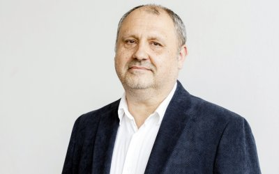 Professor Bojan Zorko from the University of Ljubljana